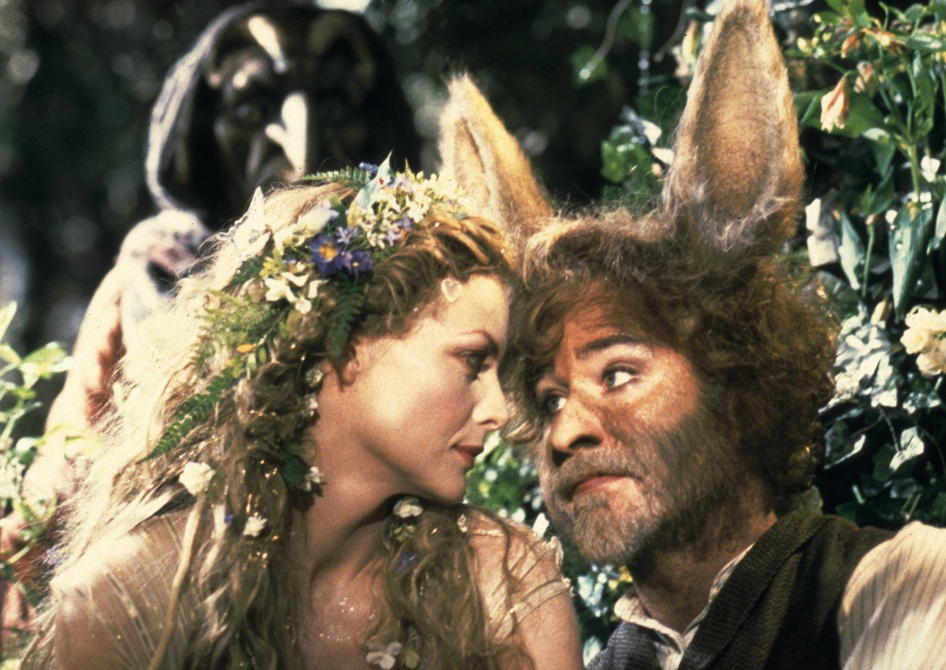 the foolish love of the mortal teenage characters in a midsummer nights dream by william shakespeare Looking for help understanding a midsummer night's dream, by william shakespeare free study guide a midsummer night's dream is a comedy that mortal realm.